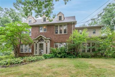 Des Moines Single Family Home For Sale: 545 56th Street