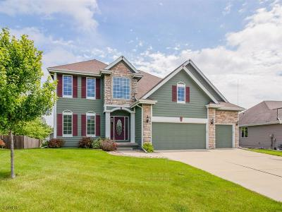 Altoona Single Family Home For Sale: 1629 Pinewood Court SW