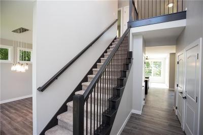 Pleasant Hill Single Family Home For Sale: 165 S Sherrylynn Boulevard
