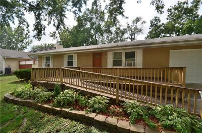Norwalk Single Family Home For Sale: 819 Redwood Drive