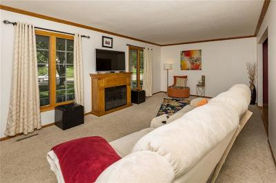 Johnston Single Family Home For Sale: 4810 NW 66th Avenue