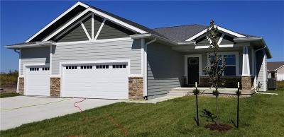 Waukee Single Family Home For Sale: 1030 Spruce Street