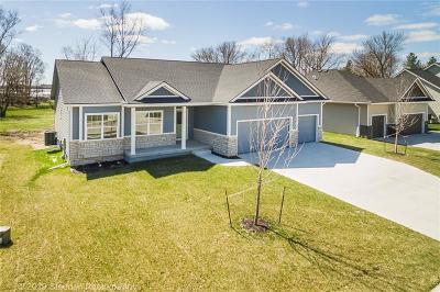 Johnston Single Family Home For Sale: 4920 Walker Circle