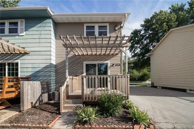 Des Moines Condo/Townhouse For Sale: 4039 E University Avenue