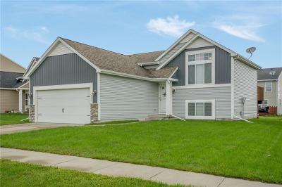 Bondurant Single Family Home For Sale: 704 36th Street SW