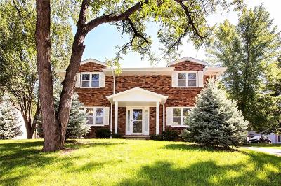 Urbandale Single Family Home For Sale: 2505 Rocklyn Drive