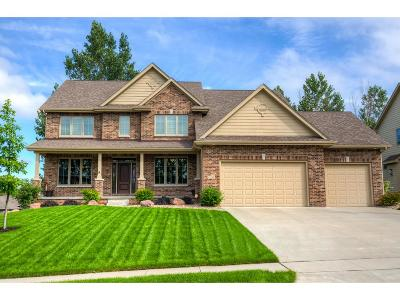 Urbandale Single Family Home For Sale: 15319 Maple Drive