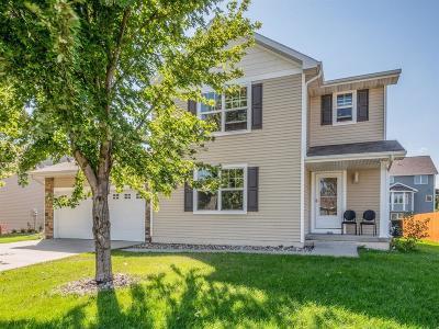 Waukee Single Family Home For Sale: 870 SE Bobwhite Lane