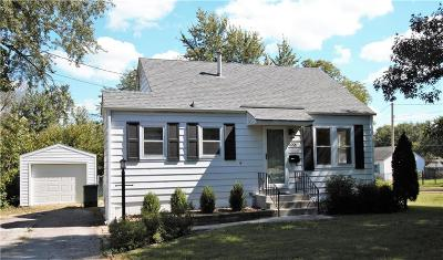 Urbandale Single Family Home For Sale: 4001 67th Street