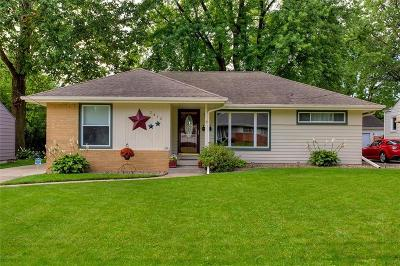 West Des Moines Single Family Home For Sale: 2412 Locust Street