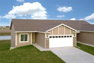 Altoona Condo/Townhouse For Sale: 2510 3rd Avenue SE