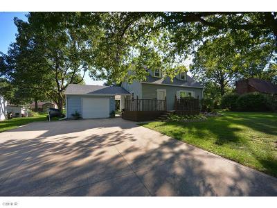 Altoona Single Family Home For Sale: 600 2nd Street SE