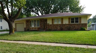 Ankeny Single Family Home For Sale: 1113 SE Bel Aire Road