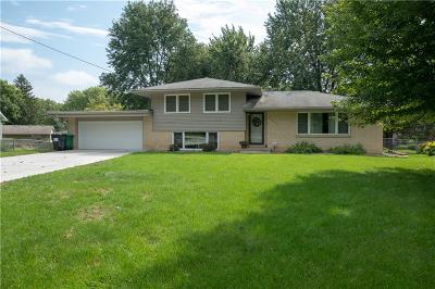Des Moines Single Family Home For Sale: 6845 NW Golden Lane