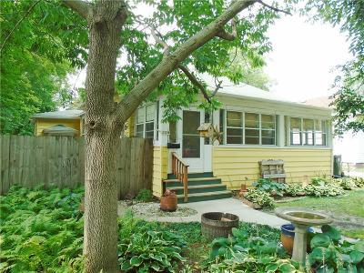 Single Family Home For Sale: 119 Linn Street