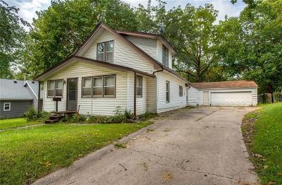 Des Moines Single Family Home For Sale: 2210 S Union Street