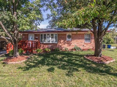 Des Moines Single Family Home For Sale: 6013 Gregory Lane