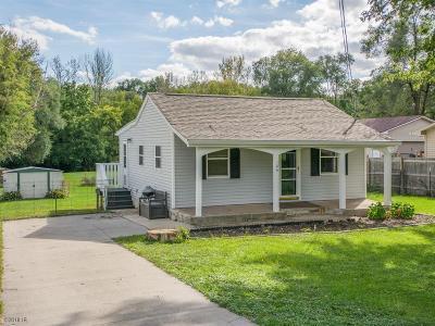 Des Moines Single Family Home For Sale: 106 Hackley Avenue