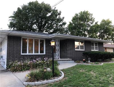 Des Moines Single Family Home For Sale: 3223 Hull Avenue