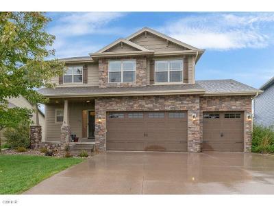 Waukee Single Family Home For Sale: 175 NE Grace Wood Drive