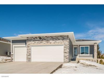 Single Family Home For Sale: 6063 Aspen Drive