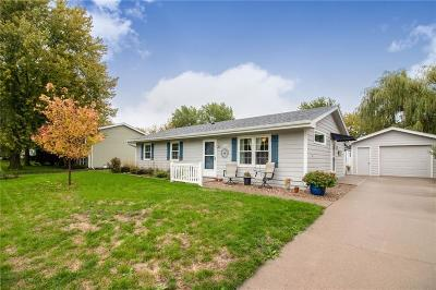 Altoona Single Family Home For Sale: 301 22nd Avenue SW