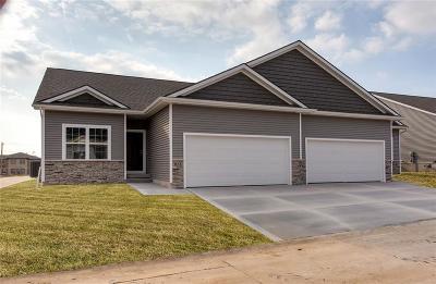 Polk City Single Family Home For Sale: 716 Pinehurst Way