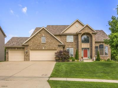 Urbandale Single Family Home For Sale: 15007 Wilden Drive