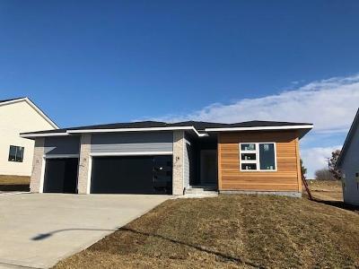 Norwalk Single Family Home For Sale: 1110 Warrior Run Drive