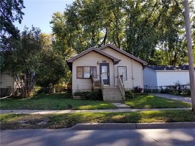 Des Moines IA Single Family Home For Sale: $74,900