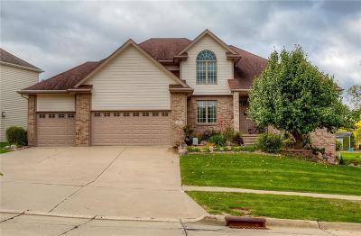 Waukee Single Family Home For Sale: 1110 SE Brentwood Drive
