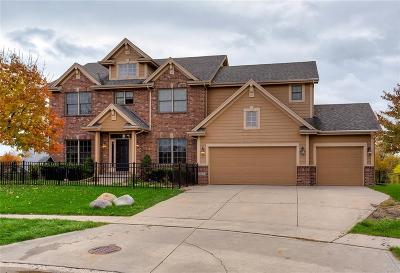 Waukee Single Family Home For Sale: 865 SE Finch Circle