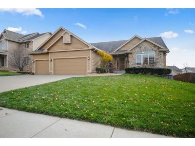 Urbandale Single Family Home For Sale: 15910 Tanglewood Drive