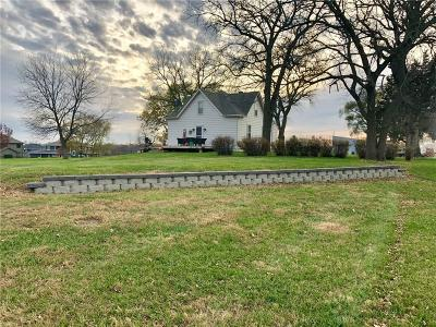 Waukee Single Family Home For Sale: 31168 Ashworth Road