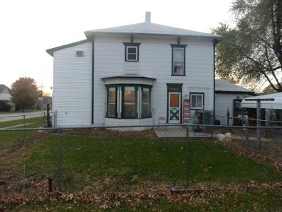 St Charles Single Family Home For Sale: 217 W Main Street