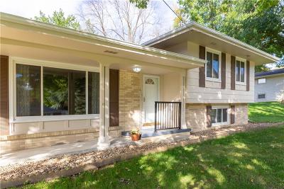 Urbandale Single Family Home For Sale: 6713 Sheridan Avenue