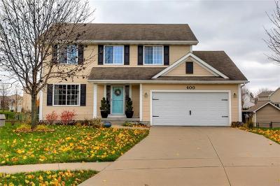 Waukee Single Family Home For Sale: 600 SE Woodcreek Drive