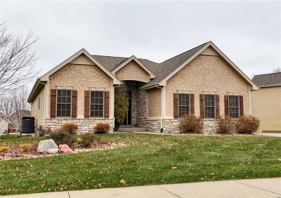 Urbandale Single Family Home For Sale: 14507 Brookshire Drive