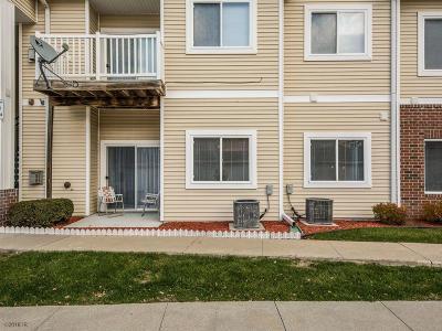 Des Moines Condo/Townhouse For Sale: 2323 E Porter Avenue #57