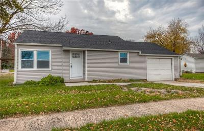 Ankeny Single Family Home For Sale: 211 W 1st Street