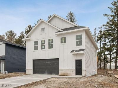 West Des Moines Single Family Home For Sale: 8833 Primo Lane