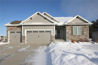 Ankeny Single Family Home For Sale: 917 NW Cedar Court