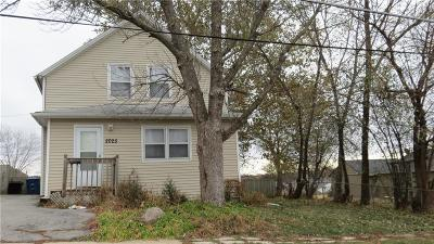 Des Moines IA Single Family Home For Sale: $119,900