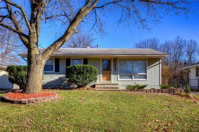 Des Moines Single Family Home For Sale: 609 Winegardner Road