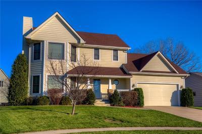 Waukee Single Family Home For Sale: 355 NE Meadowlark Lane