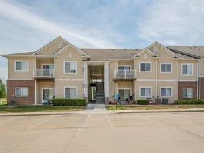 Des Moines Condo/Townhouse For Sale: 2323 E Porter Avenue #59