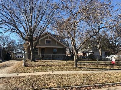 Waukee Single Family Home For Sale: 650 2nd Street