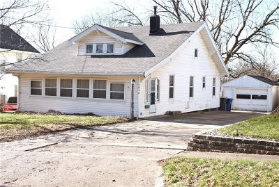 Des Moines Single Family Home For Sale: 1812 E 32nd Court