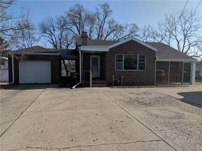 Des Moines Single Family Home For Sale: 5901 SW 9th Street