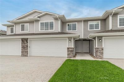 Waukee Condo/Townhouse For Sale: 747 NE Conner Court